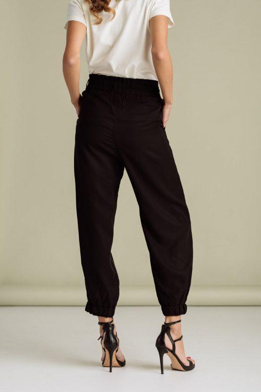 jagger zenske pantalone kolekcija prolece leto ss 2021 kupi online jg 1140 01 2